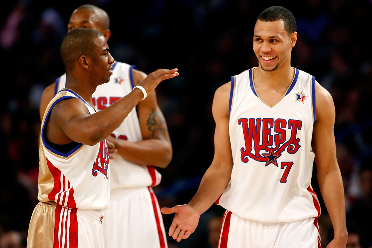 Future Hall of Fame point guard Chris Paul (L) nearly teamed up with Brandon Roy on the Portland Trail Blazers in 2010.