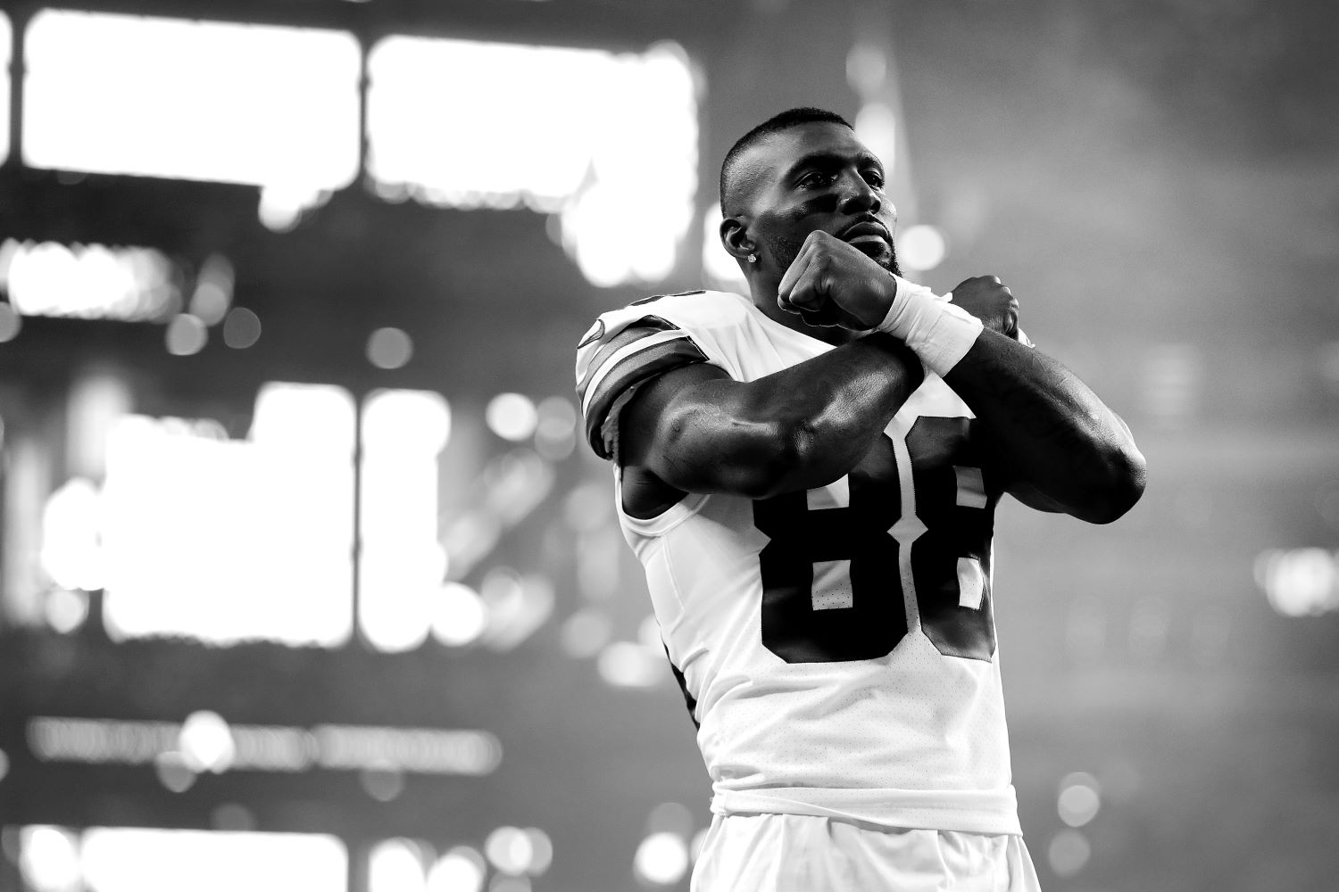 Former Cowboys star Dez Bryant just completed his NFL comeback. Can the 31-year-old be a reliable weapon for the Baltimore Ravens?