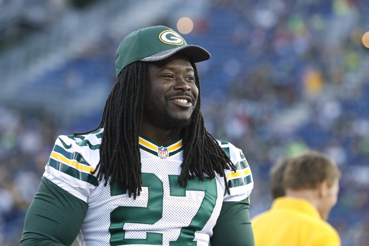Former Green Bay Packers running back Eddie Lacy struggled with his weight after winning Offensive Rookie of the Year.