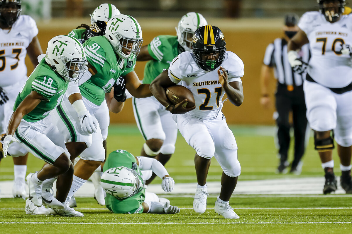 Running back Frank Gore Jr. is in his rookie year at Southern Miss. The NFL legend's son just had a breakout game against North Texas.