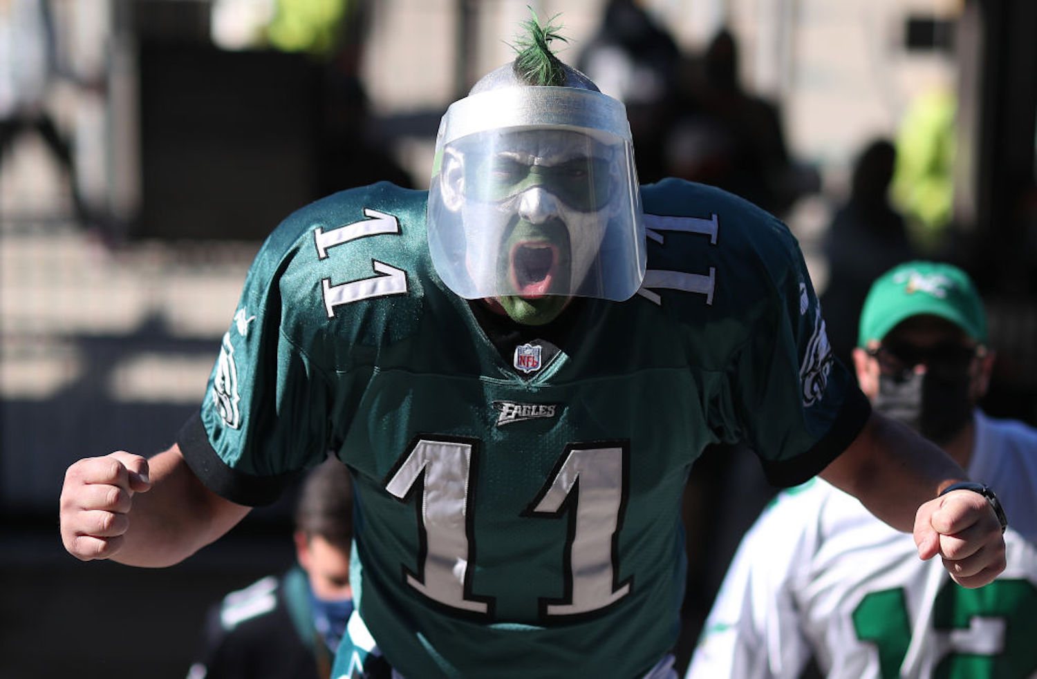 The Philadelphia Eagles allowed fans in their staidium on Sunday for the first time this season, so they naturally got into a brawl.