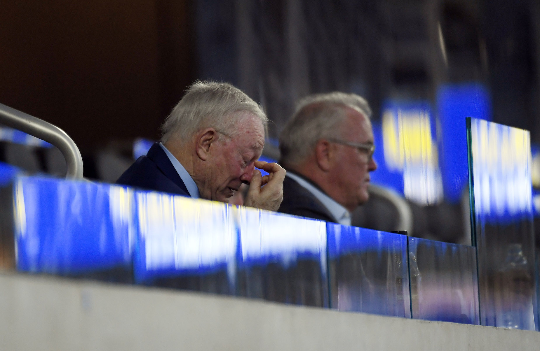 Jerry Jones might be dooming the Dallas Cowboys to another year of mediocrity with his inaction.
