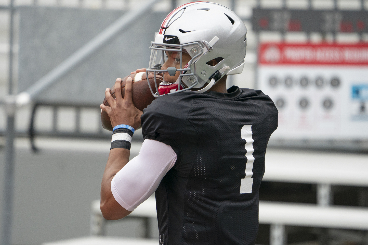 Urban Meyer isn't Ohio State's coach anymore, but he is still connected to the program. He just sent a strong message about Justin Fields.