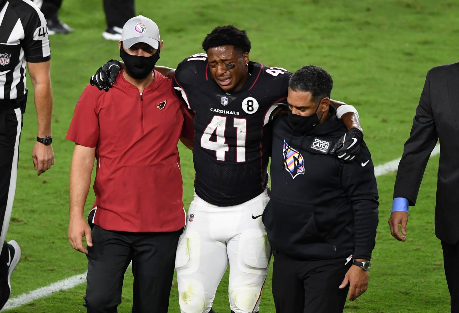 The Arizona Cardinals will be without star running back Kenyan Drake for the next few weeks after he suffered an ankle injury on Sunday.