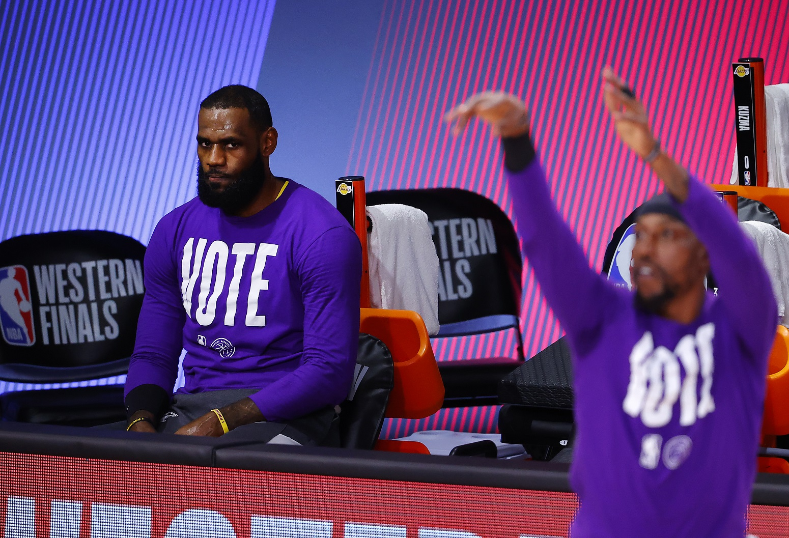 Lakers LeBron James Clippers fight free agency