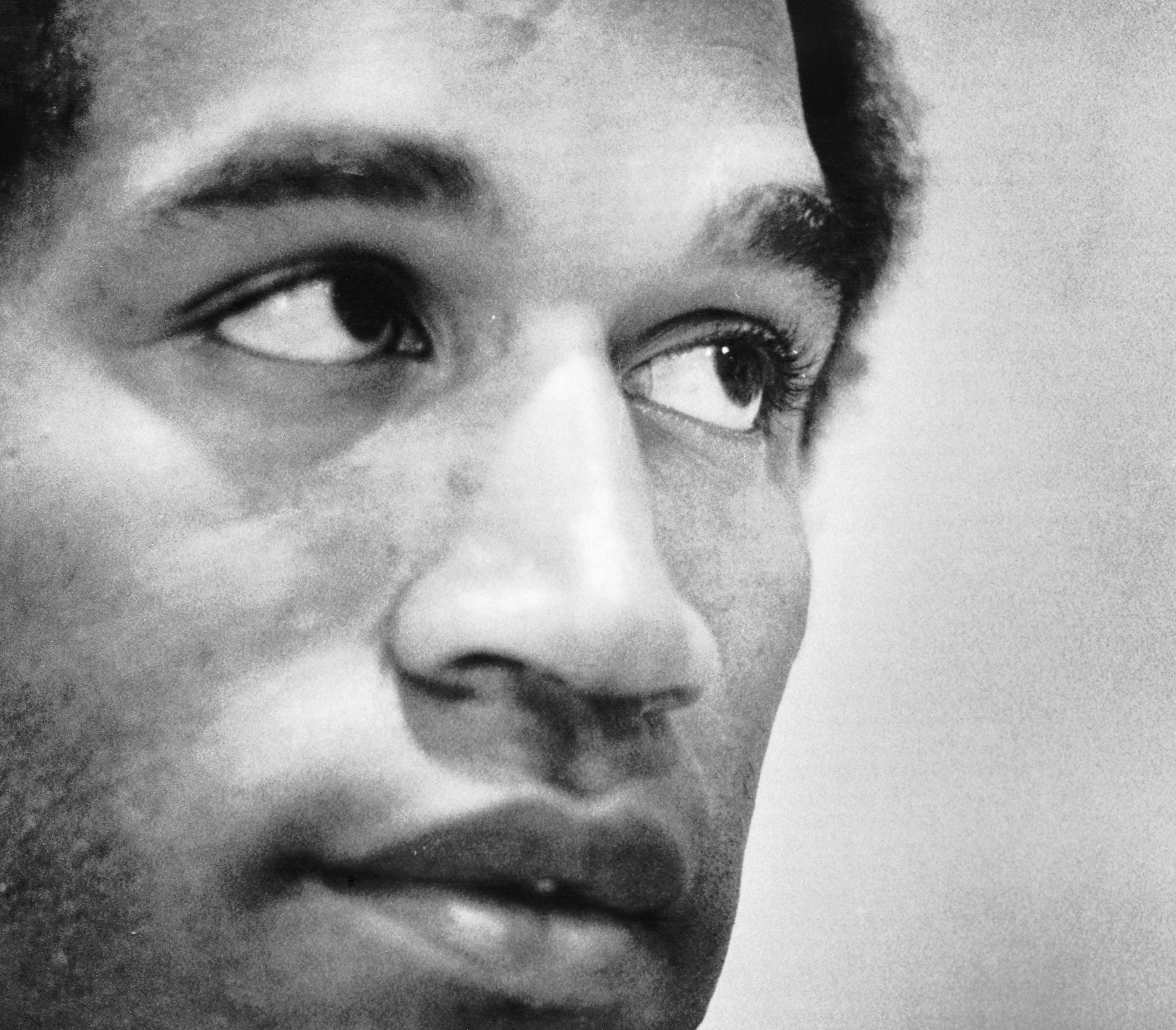 """Buffalo Bills legend O.J. Simpson has been a popular Twitter figure since he joined it in 2019. Simpson cited """"getting even"""" as to why he made an account."""