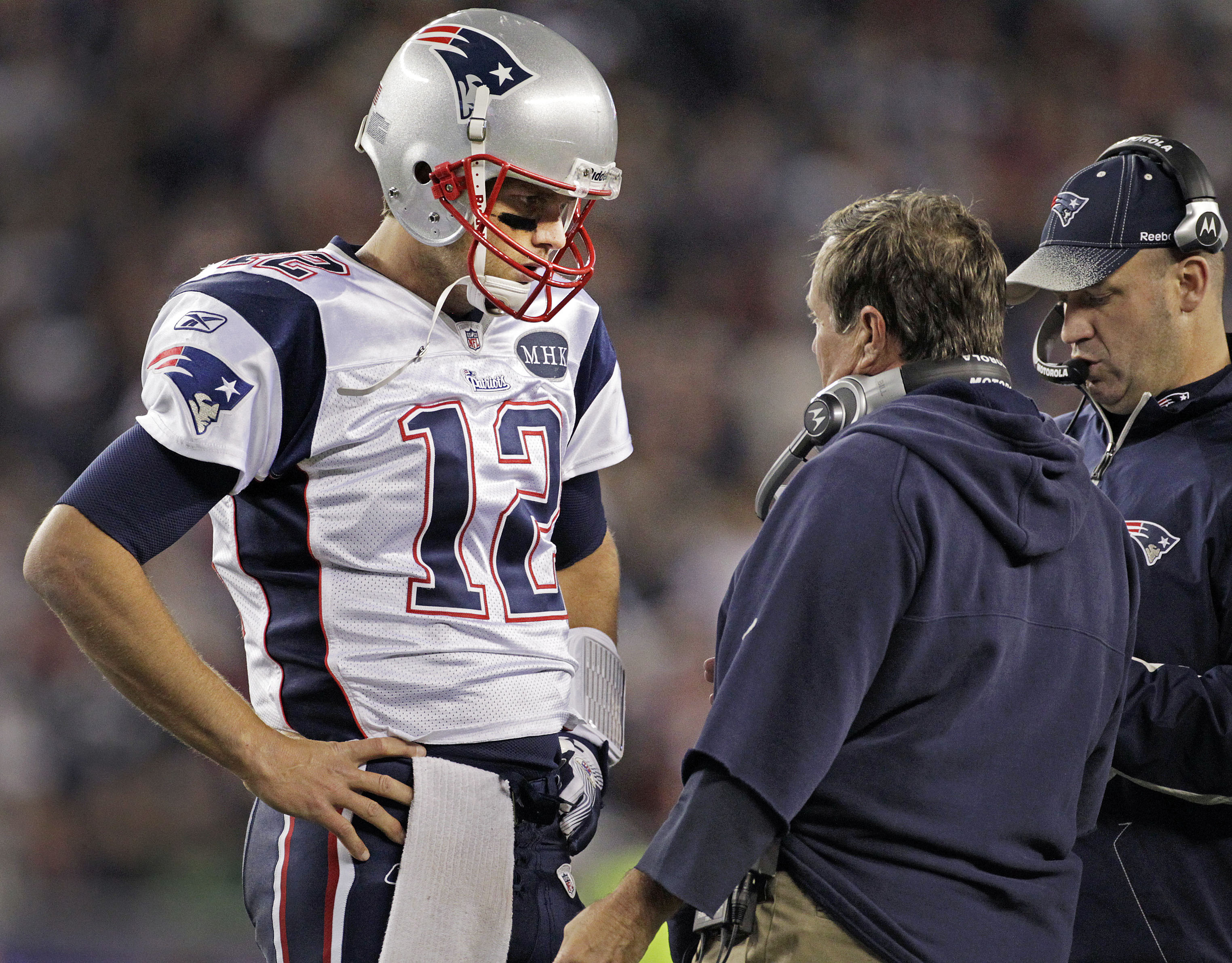 Tom Brady talks to Bill O'Brien