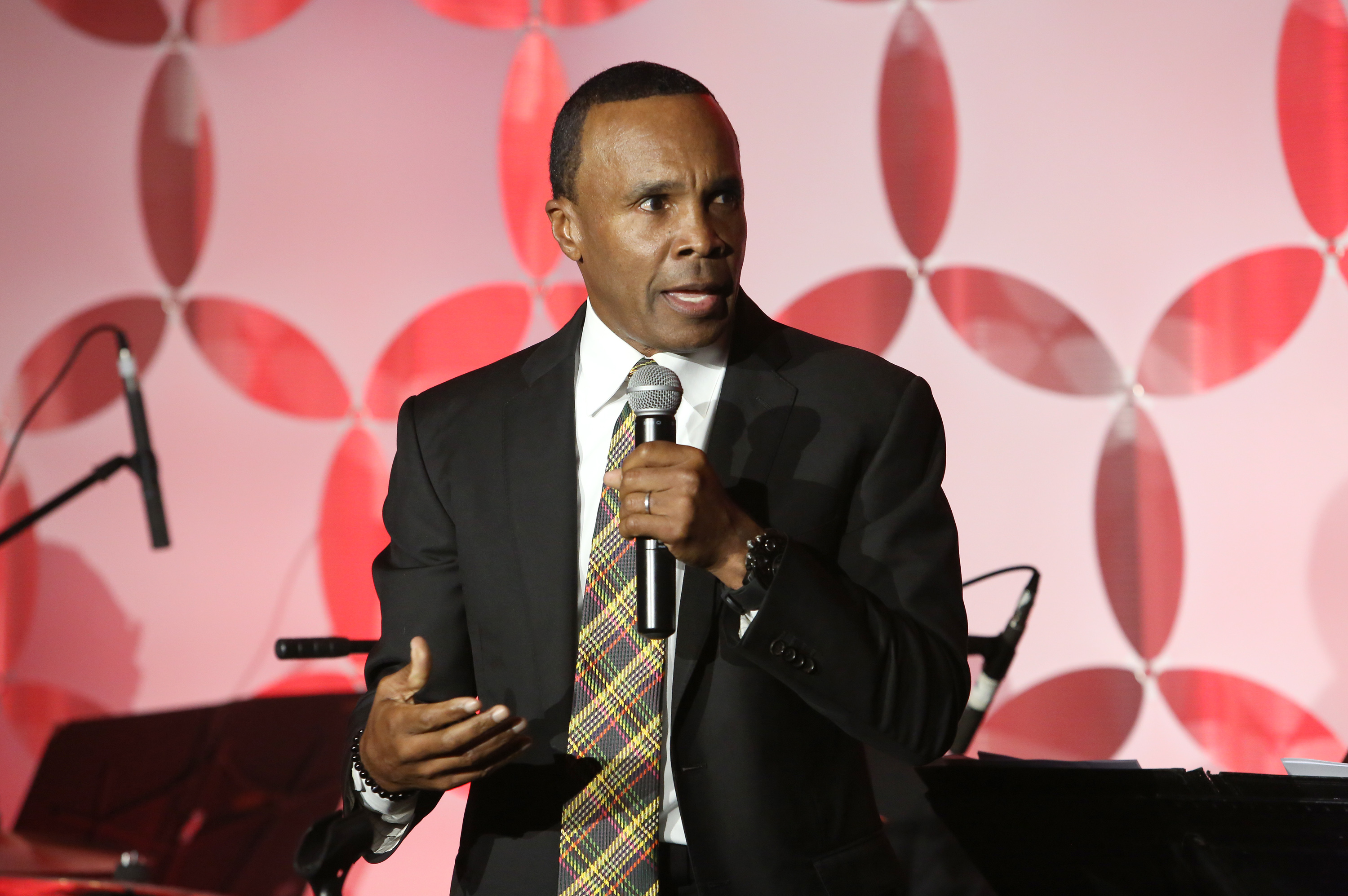 Sugar Ray Leonard needed AA meetings to find out what gratitude was.