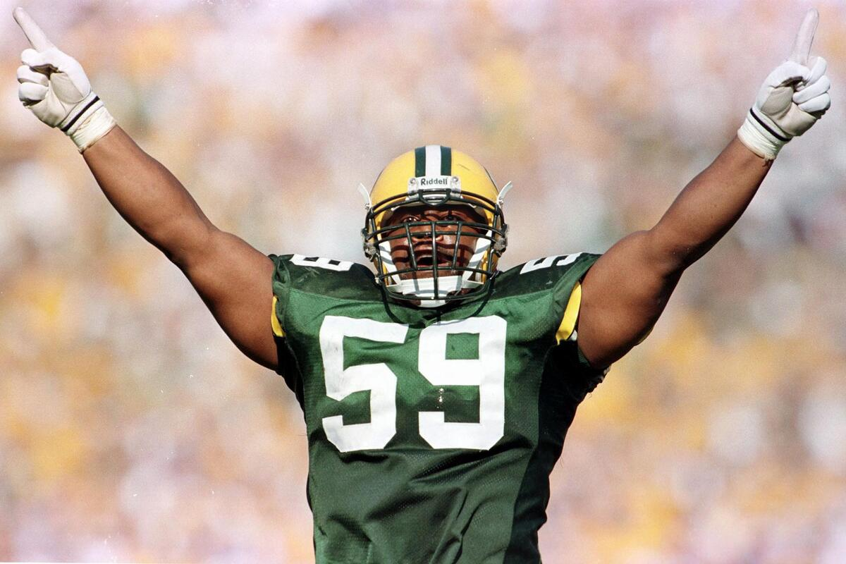 Green Bay Packers linebacker Wayne Simmons played a crucial role in the team's 1996 Super Bowl run.