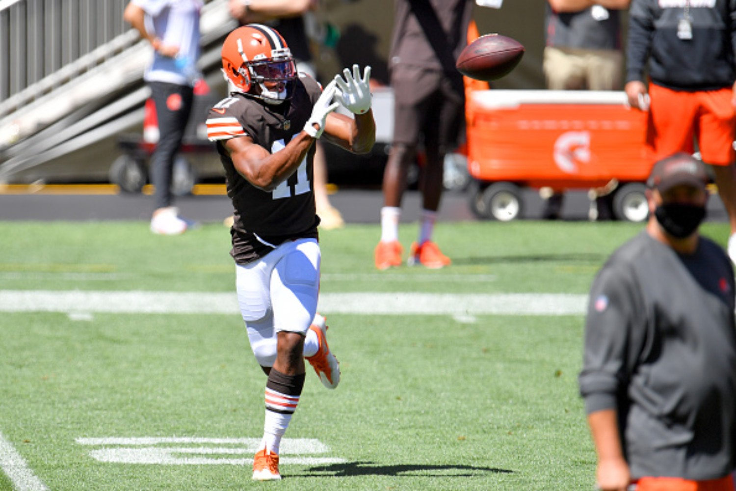 Donovan People-Jones is becoming a productive player for the Browns