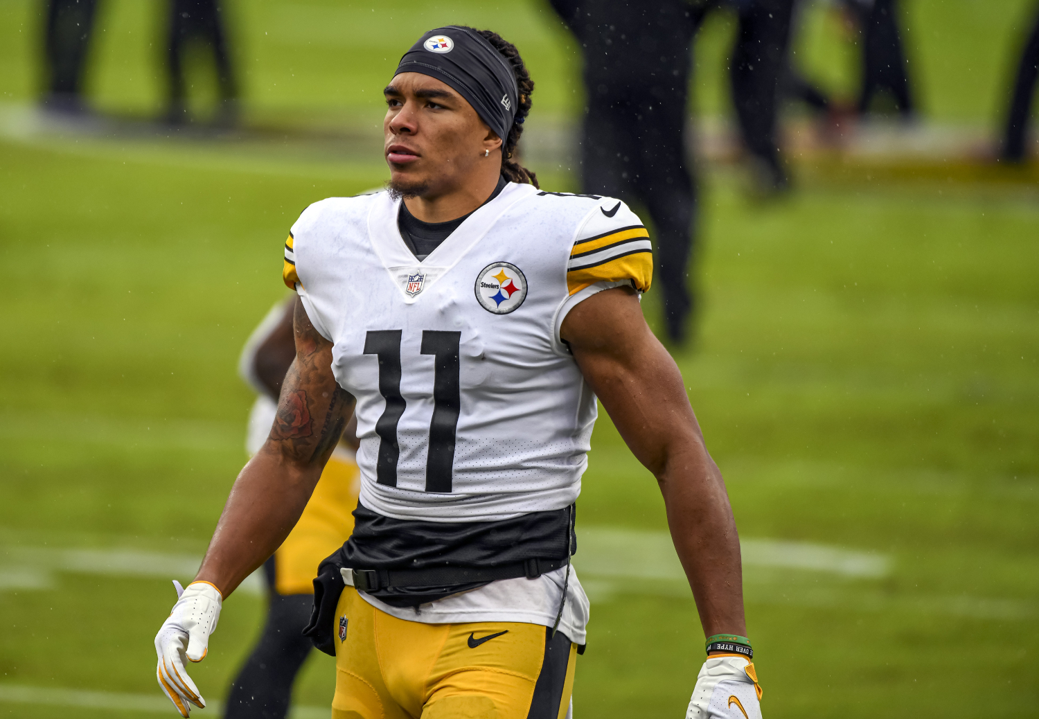 Chase Claypool has become a star for the Steelers. However, he just potentially got his former Notre Dame teammate Chris Finke fired.