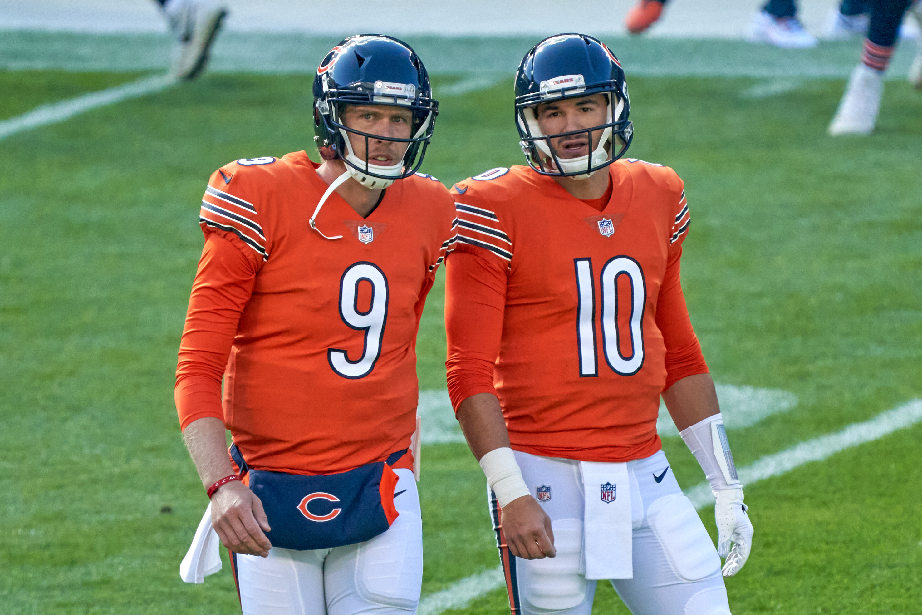 Bears quarterbacks Nick Foles and Mitchell Trubisky