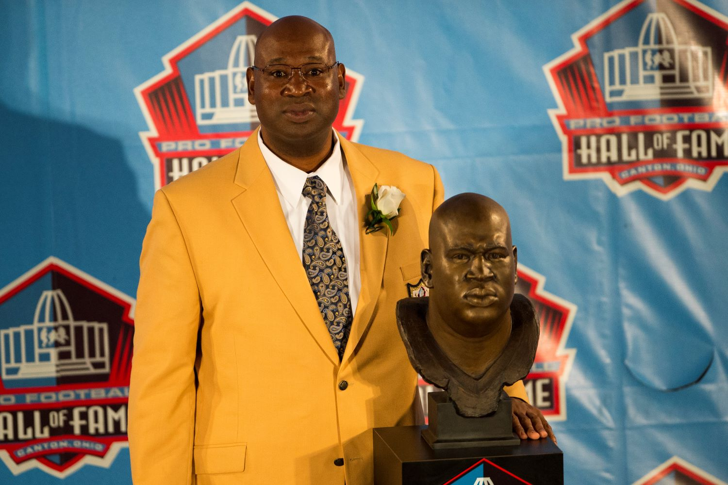 Cortez Kennedy got inducted into the Pro Football Hall of Fame in 2012. Just five years later, the Seahawks legend died at the age of 48.