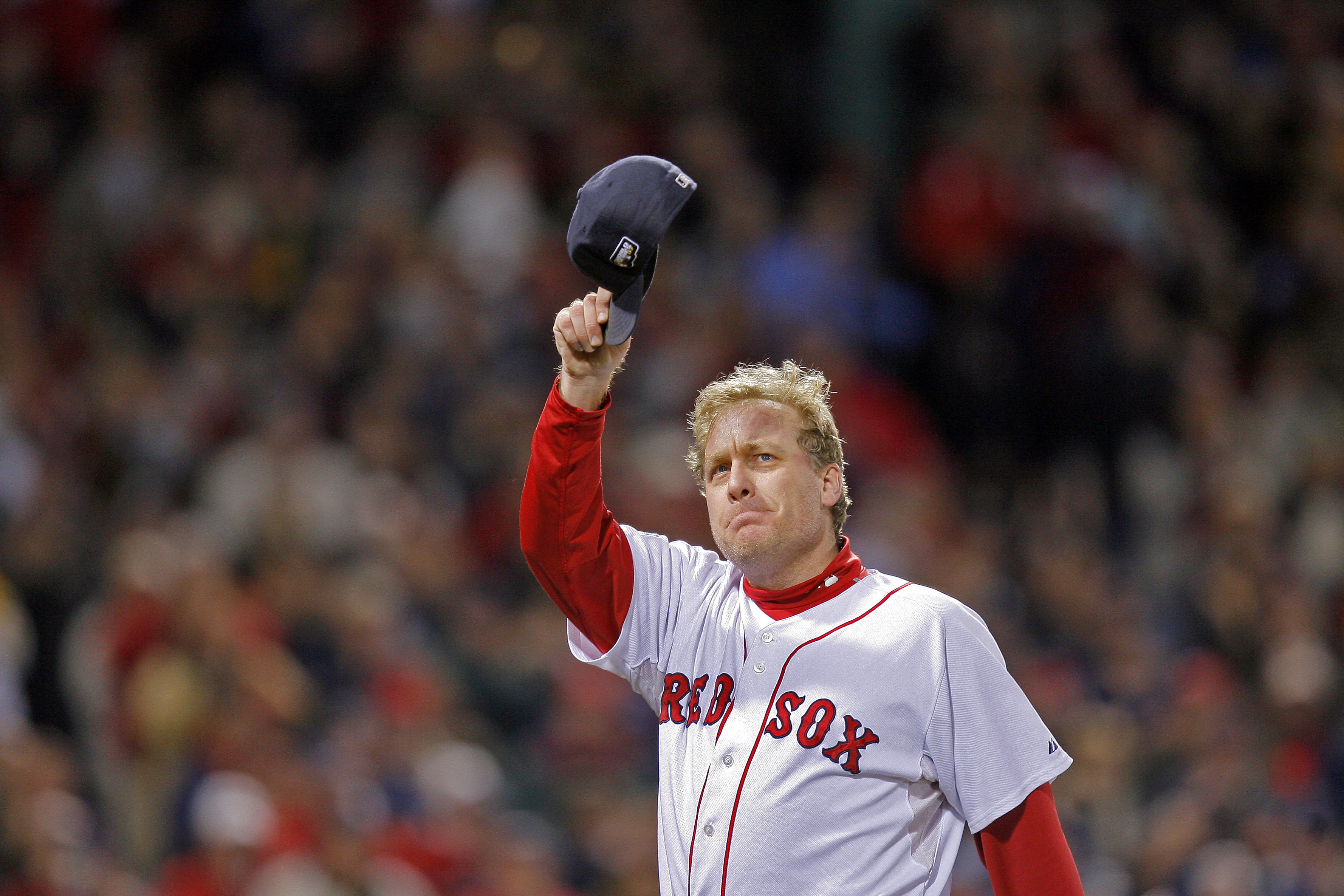 Former Boston Red Sox star pitcher Curt Schilling doesn't have much time left on the Hall of Fame ballot. It is time for Schilling to earn his plaque.