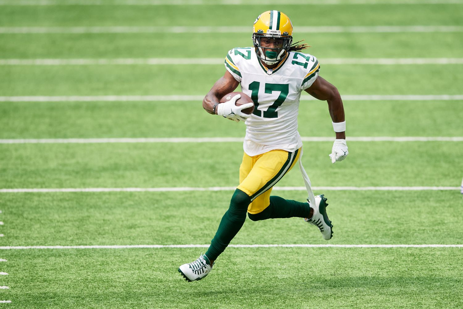 With Davante Adams proving he's the best receiver in the NFL, the Green Bay Packers need to decide whether they will pay him accordingly.