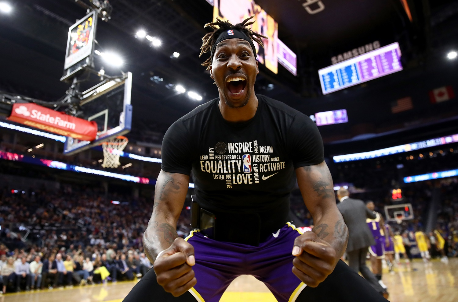 And Just Like That, Lakers Fans Hate Dwight Howard Again