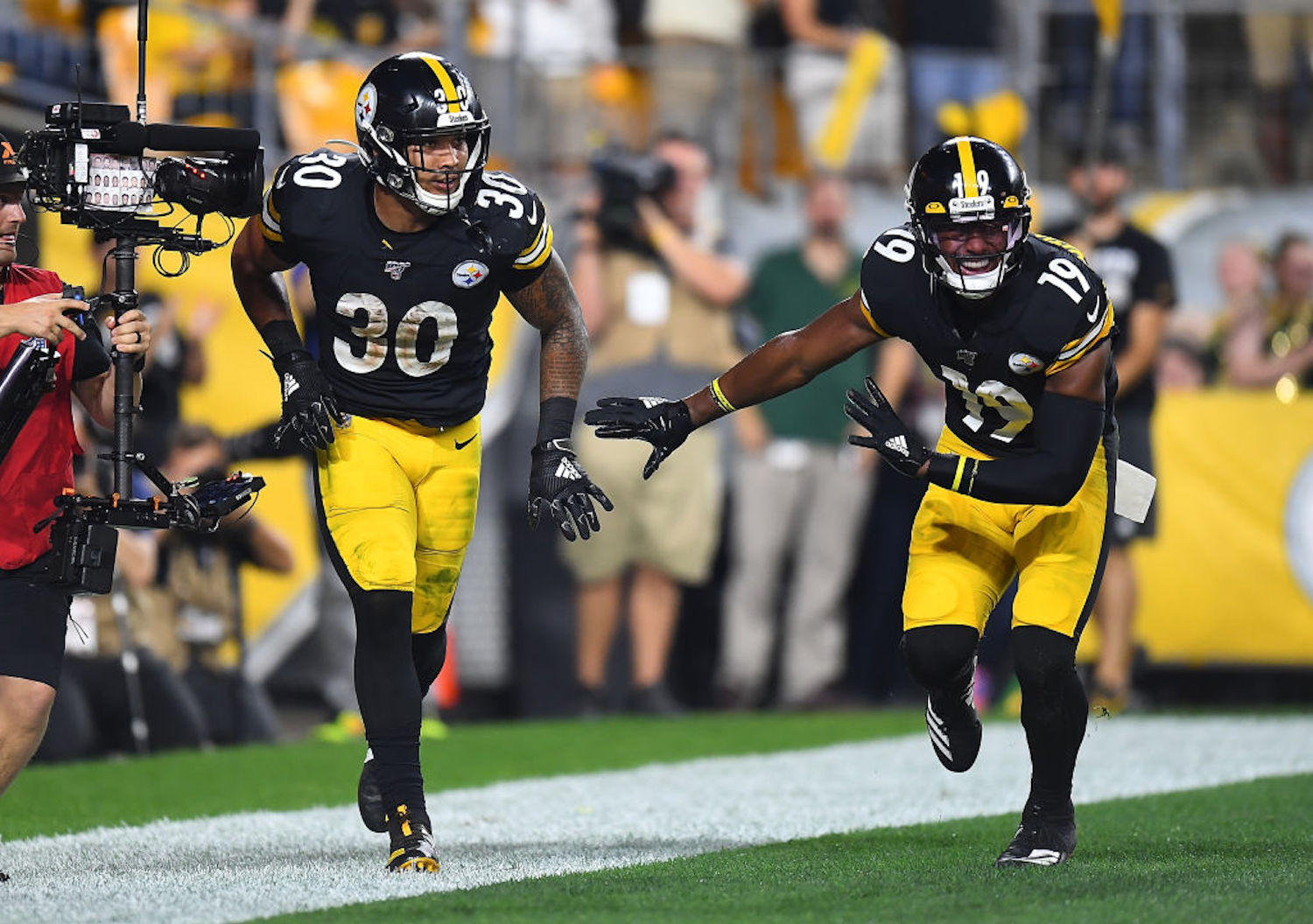 Steelers RB James Conner and WR JuJu Smith-Schuster were each fined $5,000 for wearing their socks too low on Sunday.