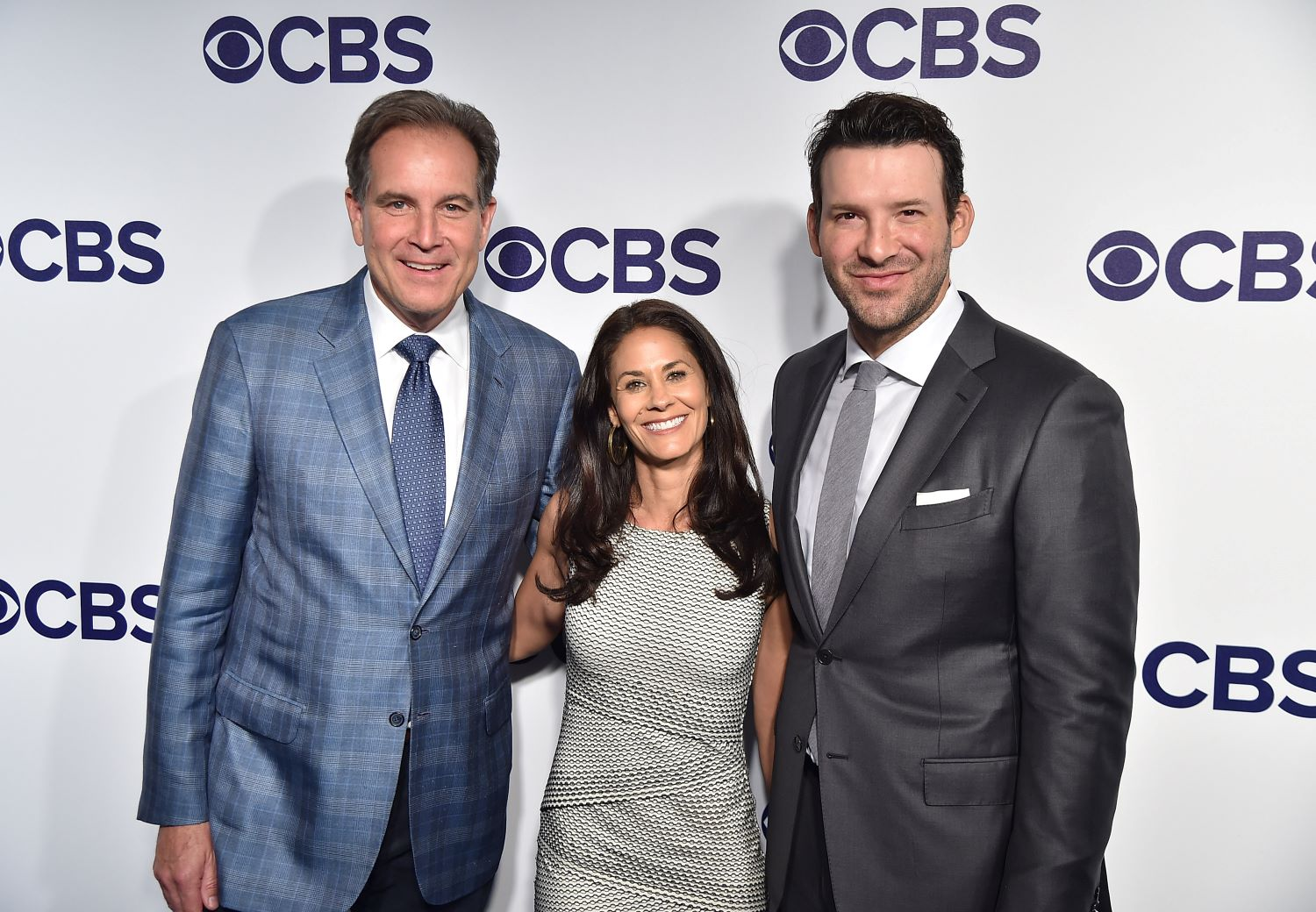 Jim Nantz reportedly wants CBS to pay him the same salary as Tony Romo.