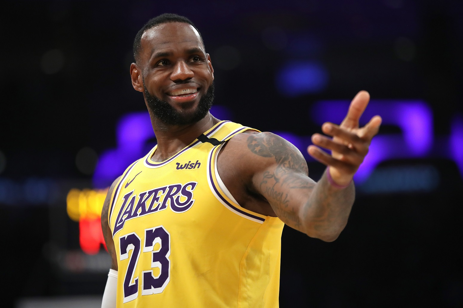 LeBron James loves Lakers move