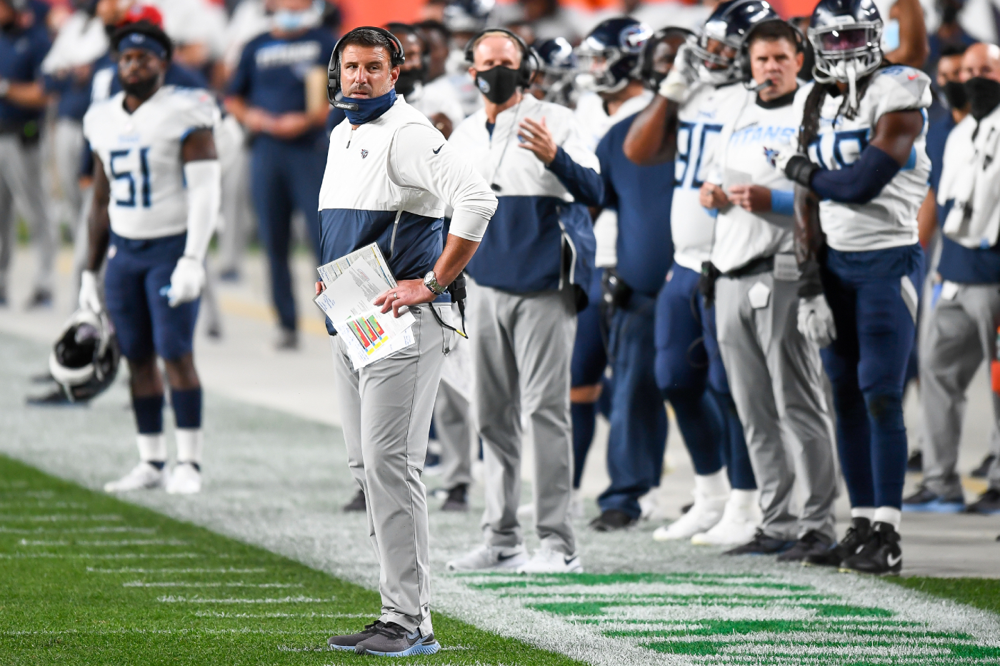 The Tennessee Titans are one of the best teams in the NFL. However, they just admitted that they made a $9.5 million mistake with Vic Beasley.