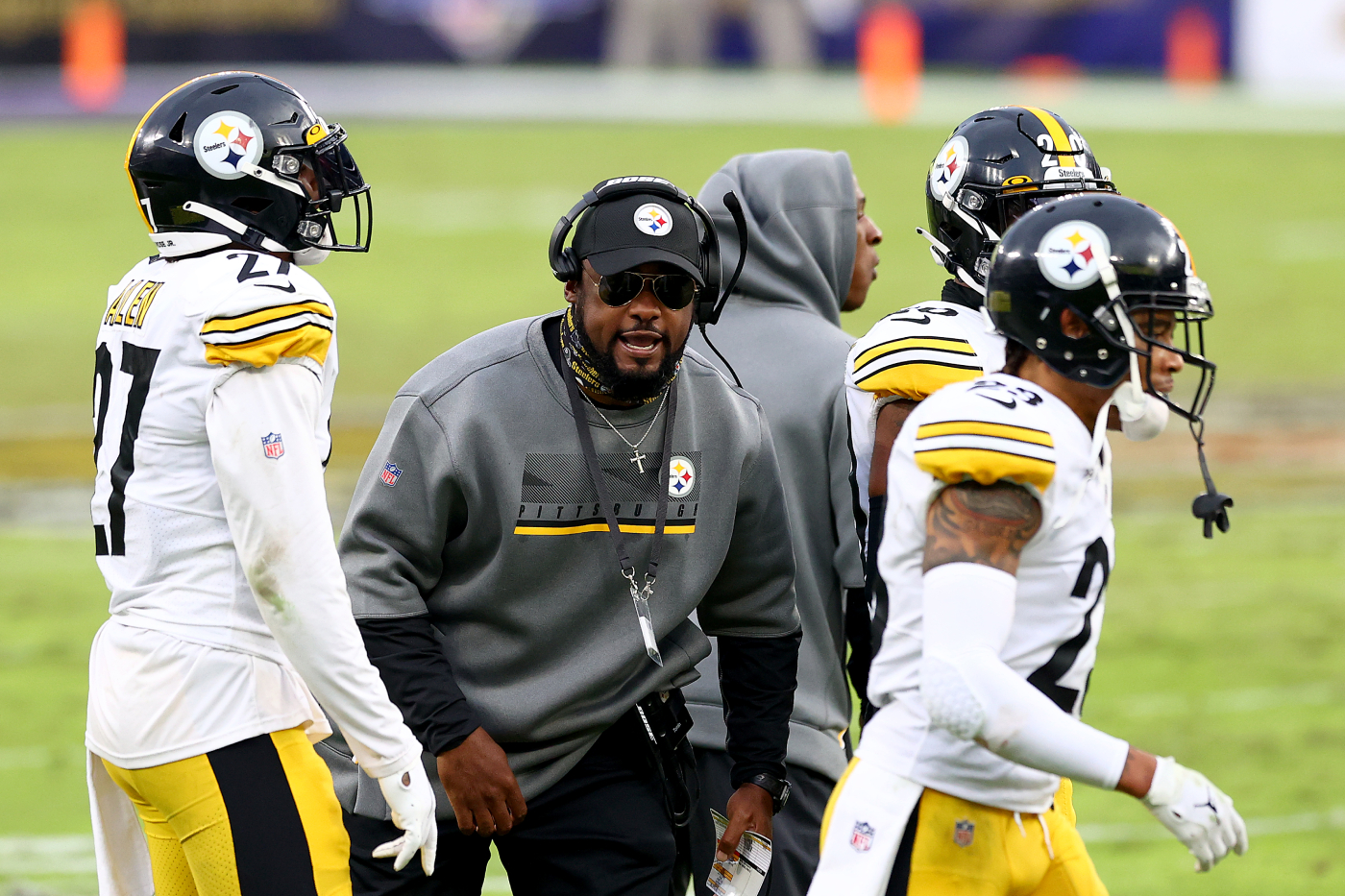 The Pittsburgh Steelers are one of the NFL's best teams. They just secured their Super Bowl title hopes, too, by adding Avery Williamson.