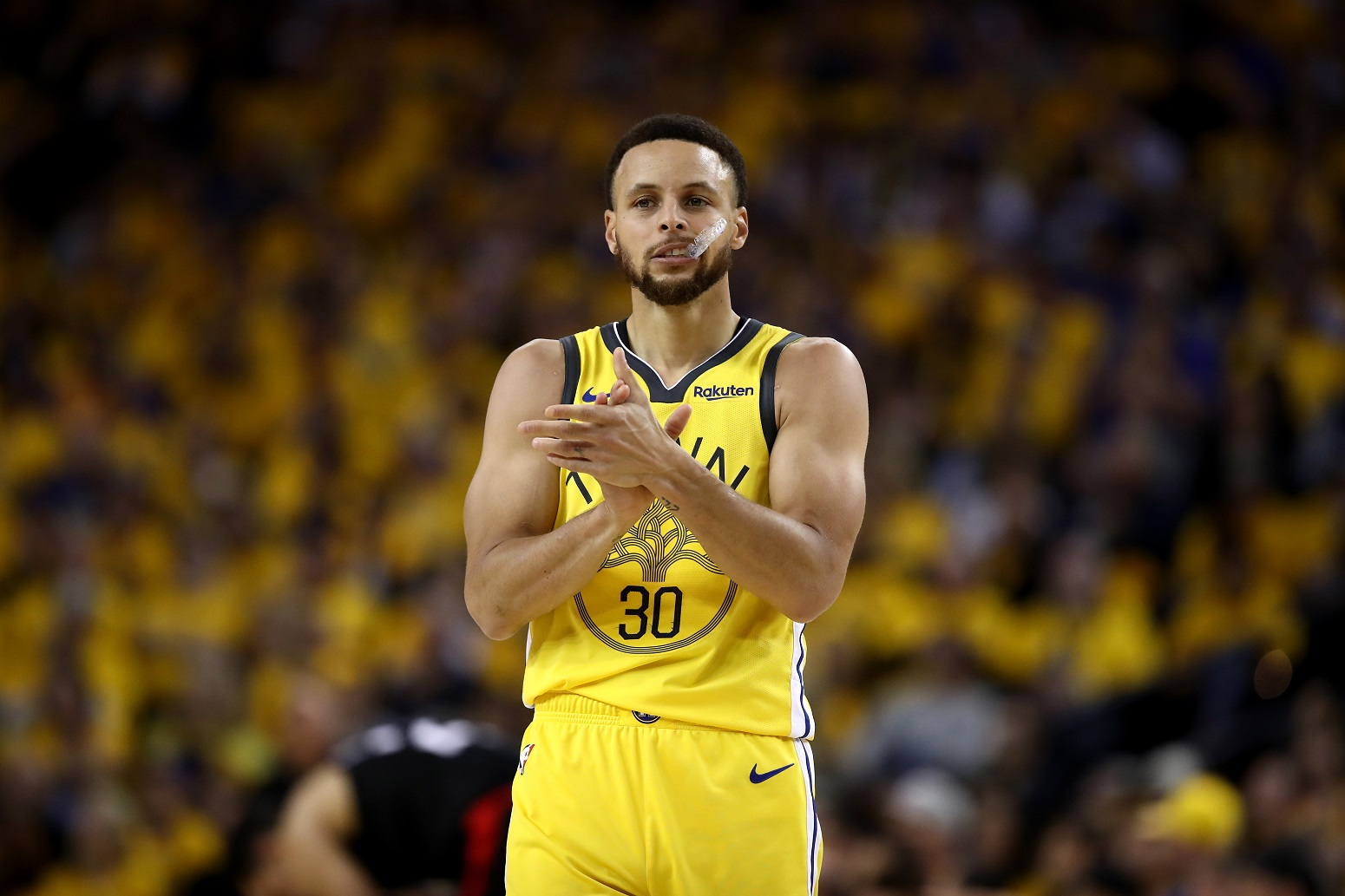 Stephen Curry Warriors promising message