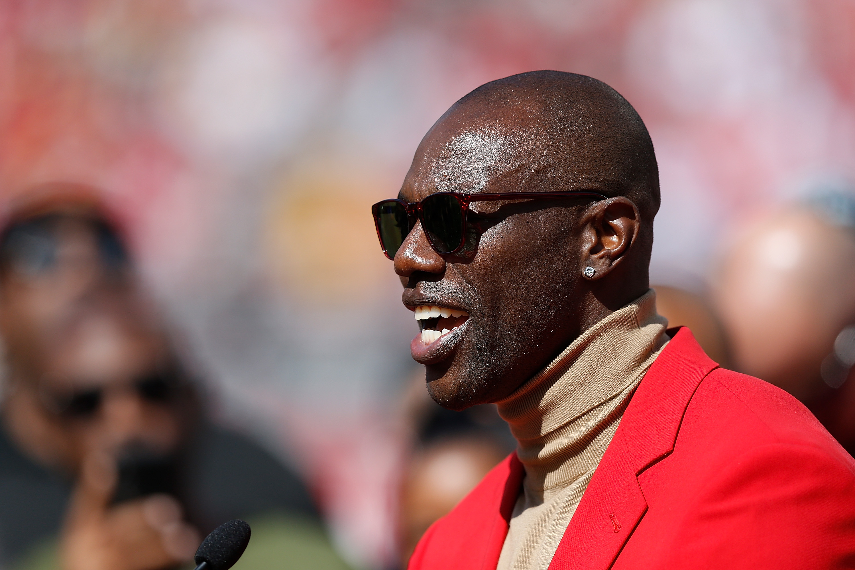 NFL legend Terrell Owens tried playing and owning an Indoor Football League team in 2012. Owens lost both over a perceived 'lack of effort.'