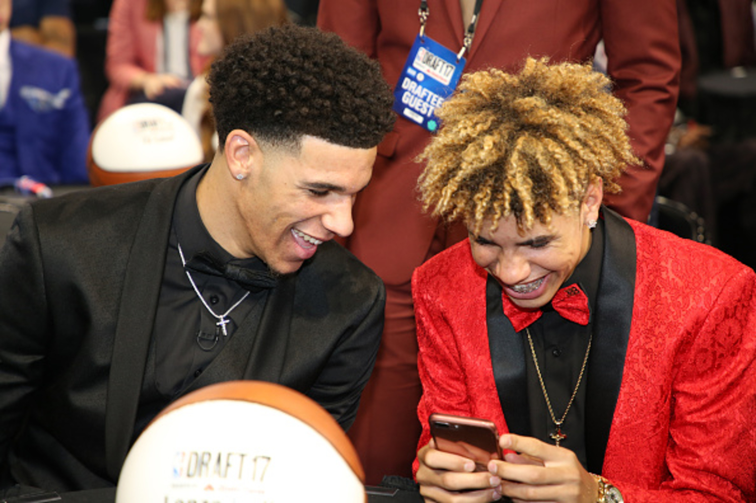 Lonzo and LaMelo Ball make NBA draft history