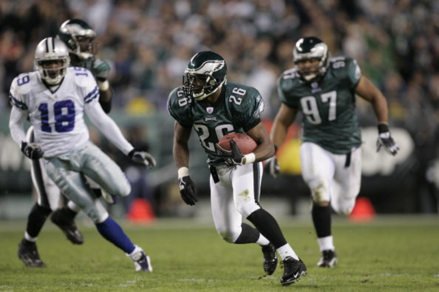 What Happened to Philadelphia Eagles All-Pro Cornerback Lito Sheppard?