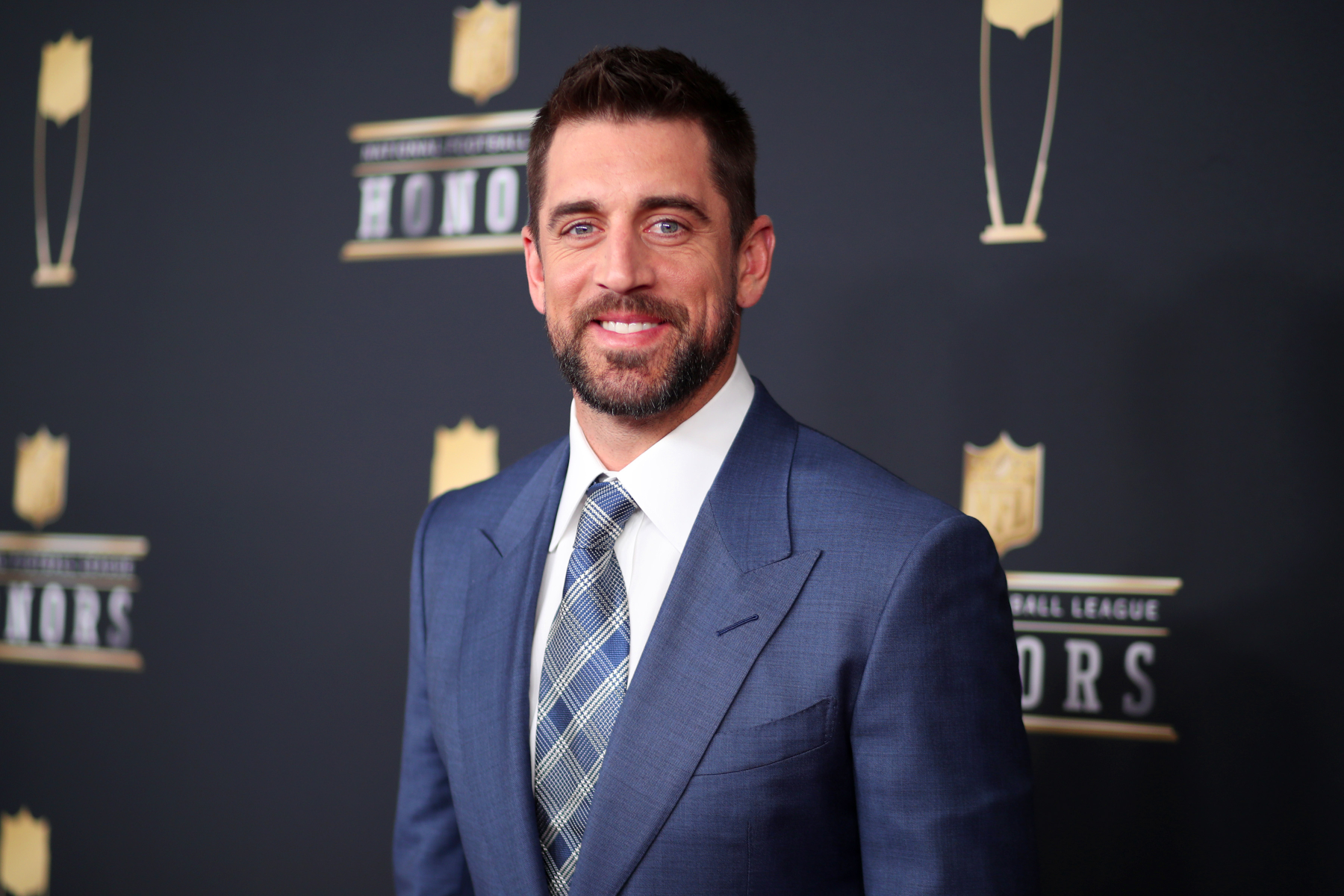Green Bay Packers quarterback Aaron Rodgers is one of the most popular players in the NFL. This has led to him doing a lot of commercials.