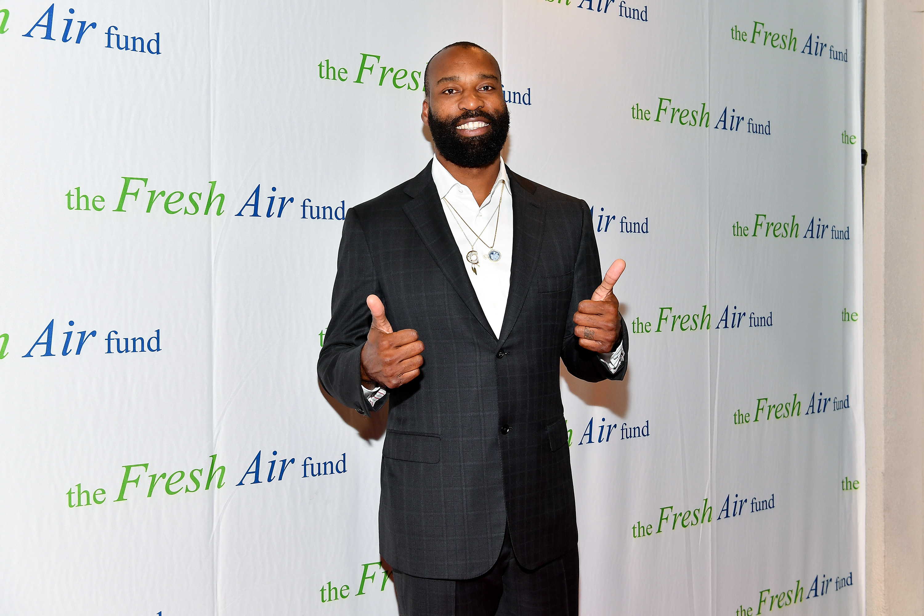 Former NBA star Baron Davis could be closing in on a $2.4 billion business move
