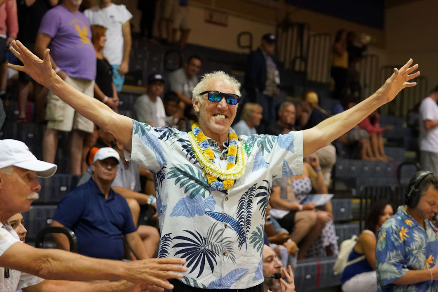 Bill Walton has told some outrageous stories since becoming a broadcaster. The craziest one involved a pterodactyl ride over the West Coast.