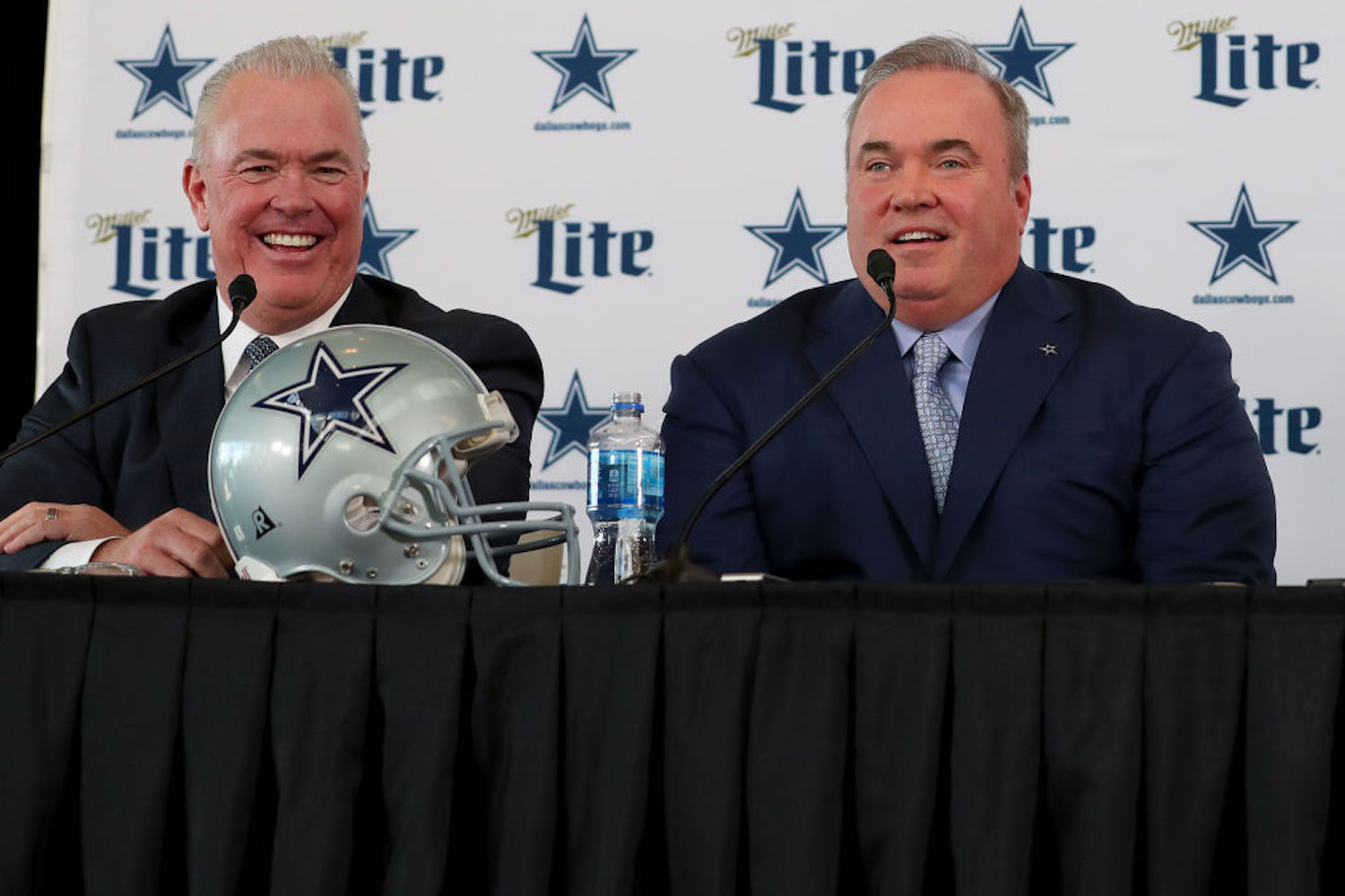 Mike McCarthy's days with the Cowboys seemed to be numbered after a rough first season, but Stephen Jones isn't giving up on the head coach.