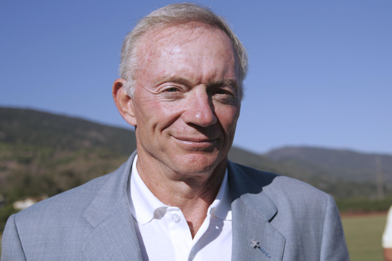Cowboys owner Jerry Jones in 2005
