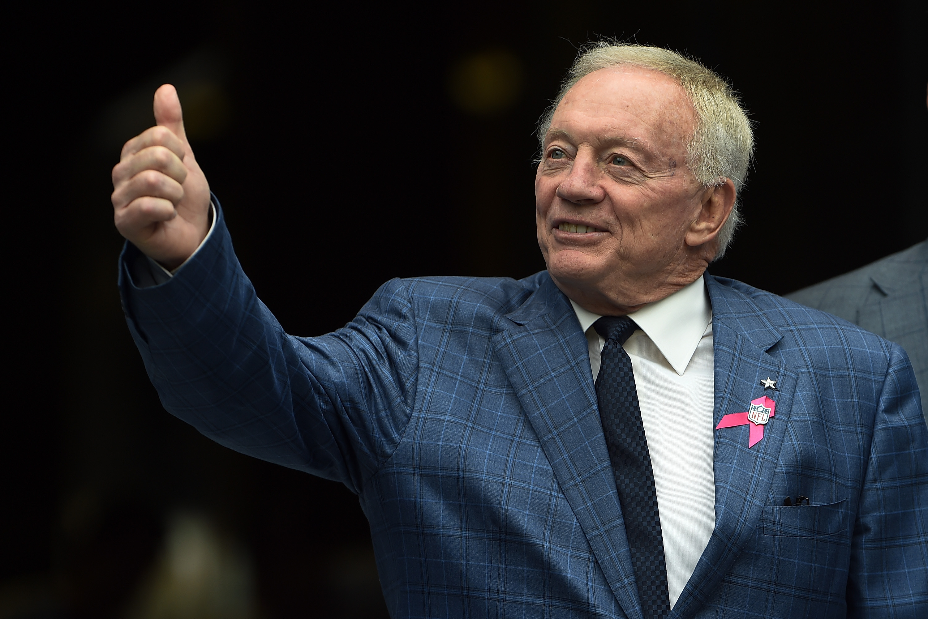 Dallas Cowboys owner Jerry Jones is no stranger to throwing his money around.