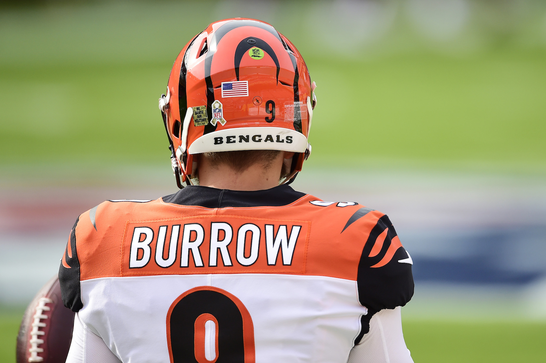Joe Burrow is currently injured, but his still impressing the Cincinnati Bengals with his efforts.