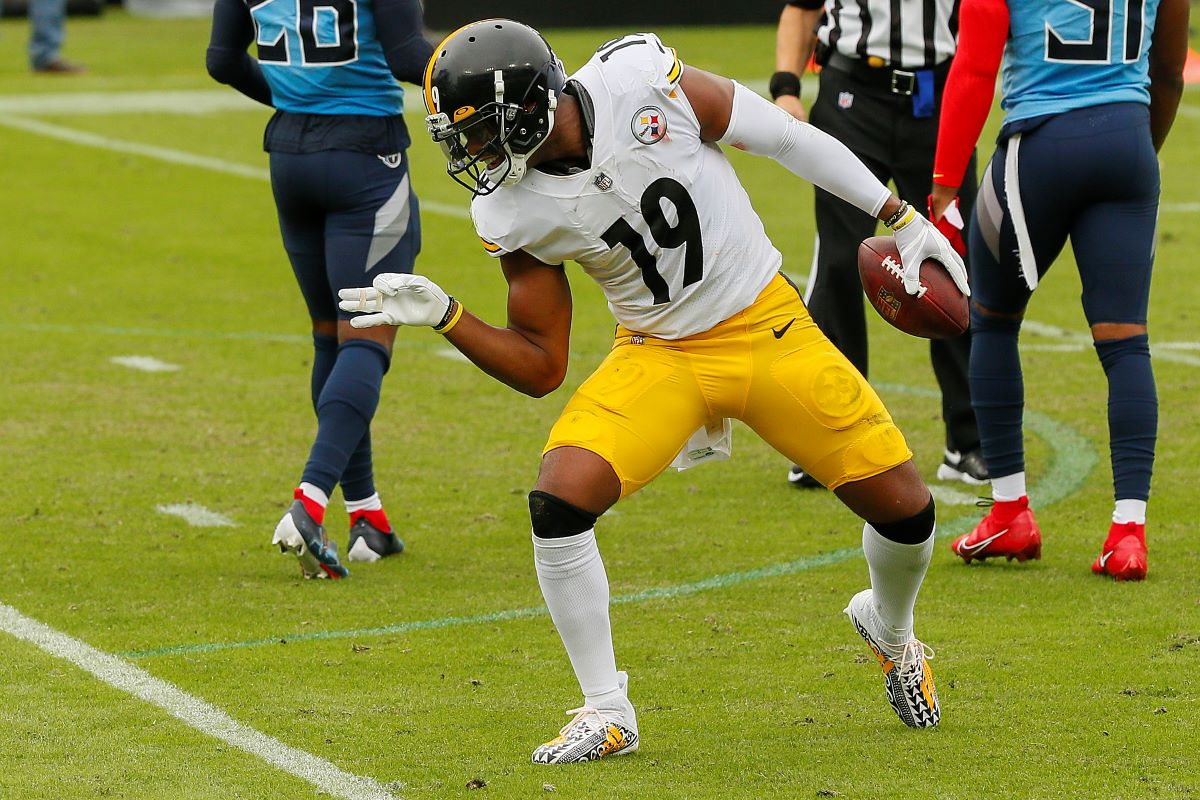Pittsburgh Steelers JuJu Smith-Schuster has been disrespectfully dancing on opponents logos, and he has finally paid the price.