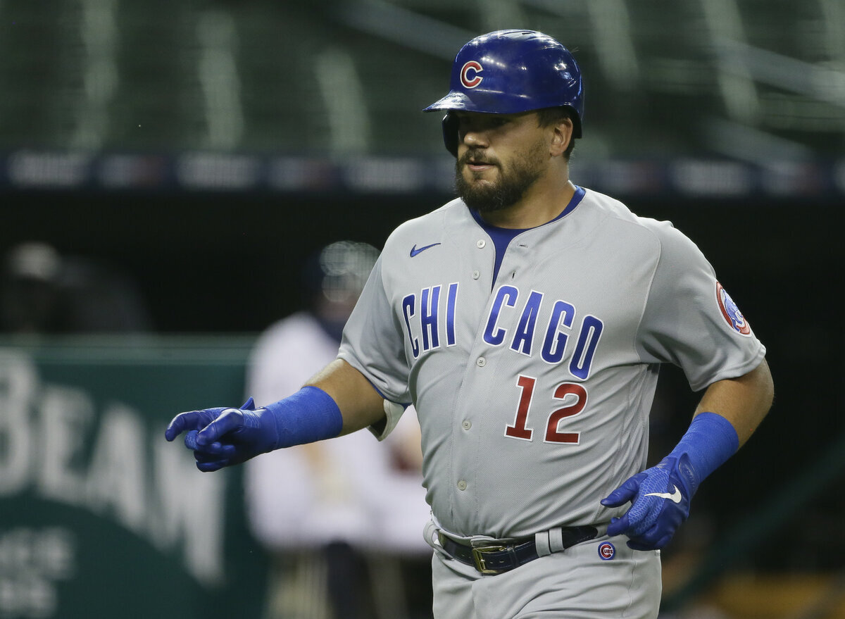 The Chicago Cubs recently non-tendered Kyle Schwarber, a veteran outfield power bat. The Yankees should target Schwarber and add him on a short deal.