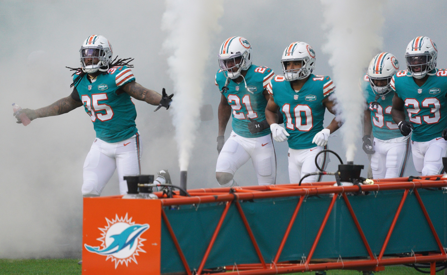 Miami Dolphins Fans Fear the NFL Week 16 Playoff Scenario