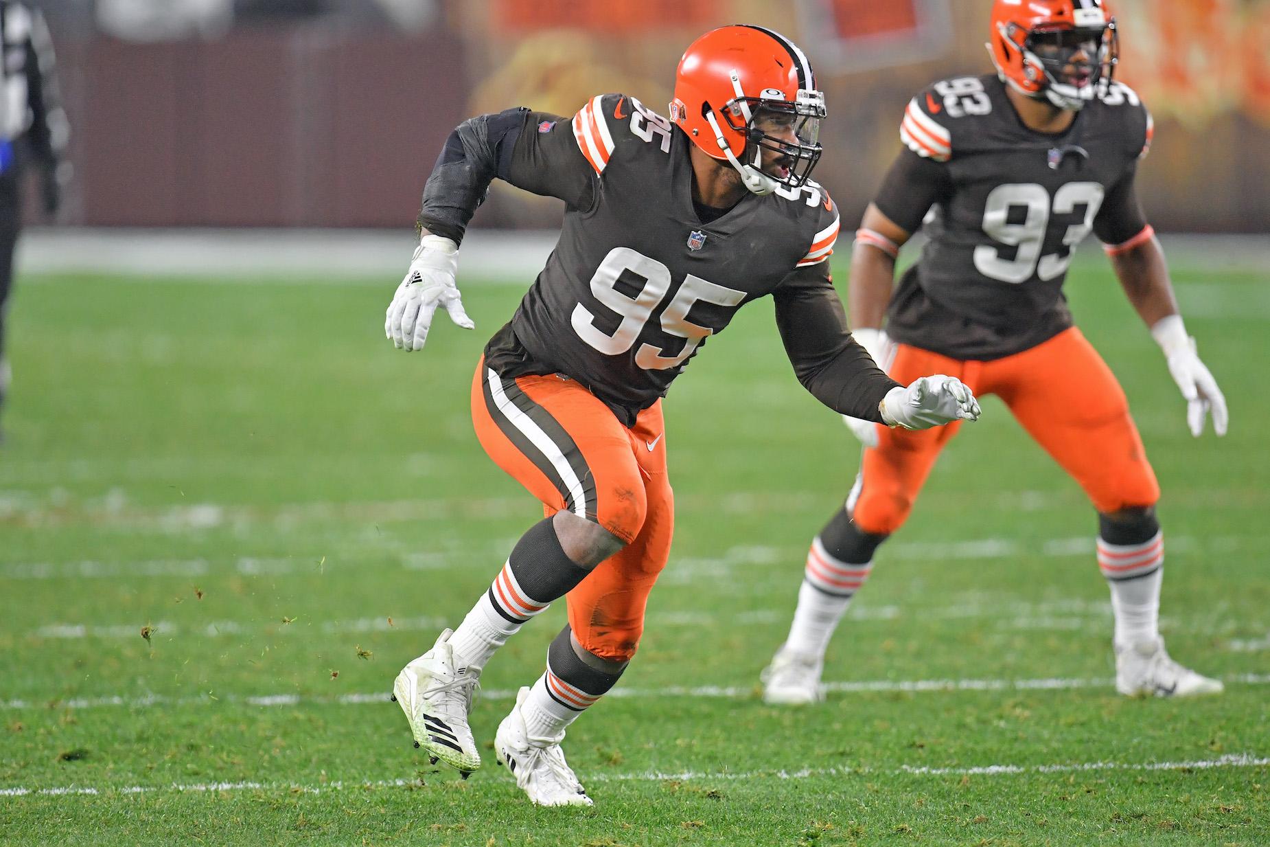 Browns defensive end Myles Garrett beat COVID-19, but still isn't back to 100%.  