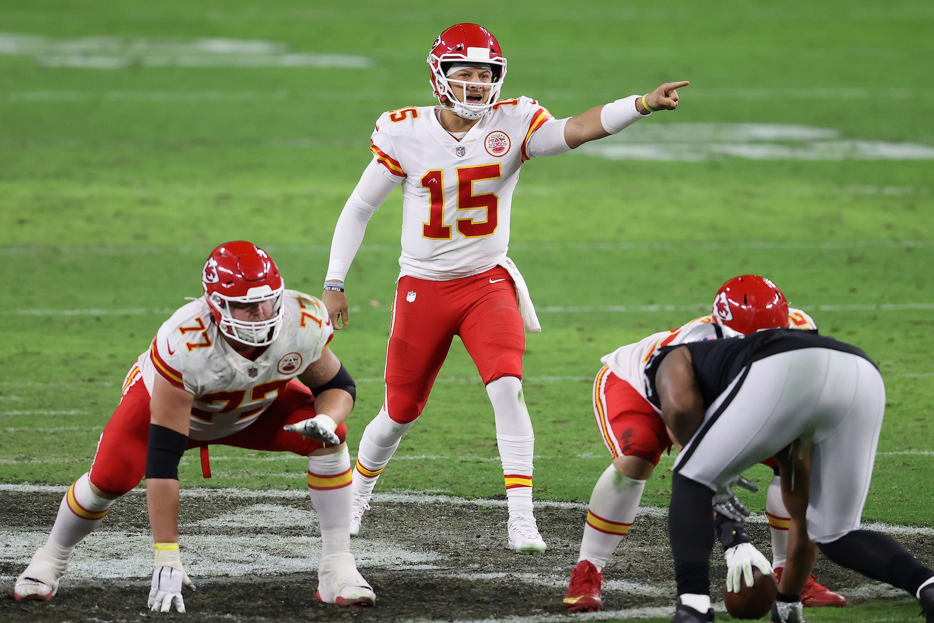 Kansas City Chiefs quarterback Patrick Mahomes received a high compliment from a rival head coach.