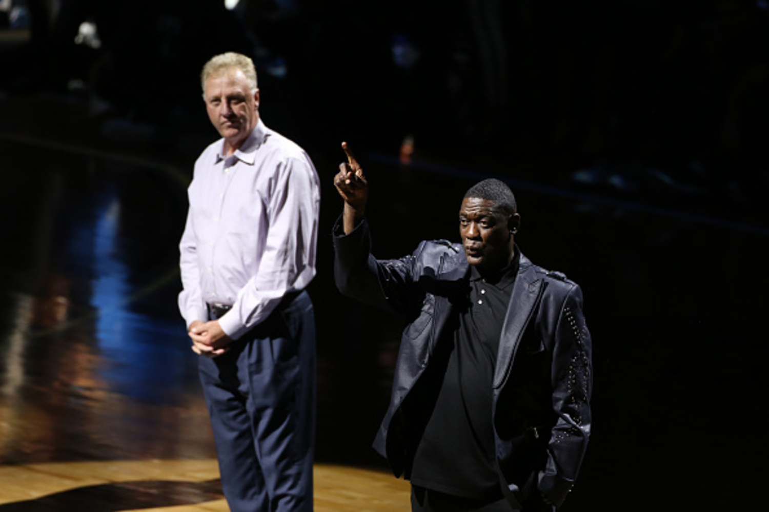 Larry Bird and Shawn Kemp battle