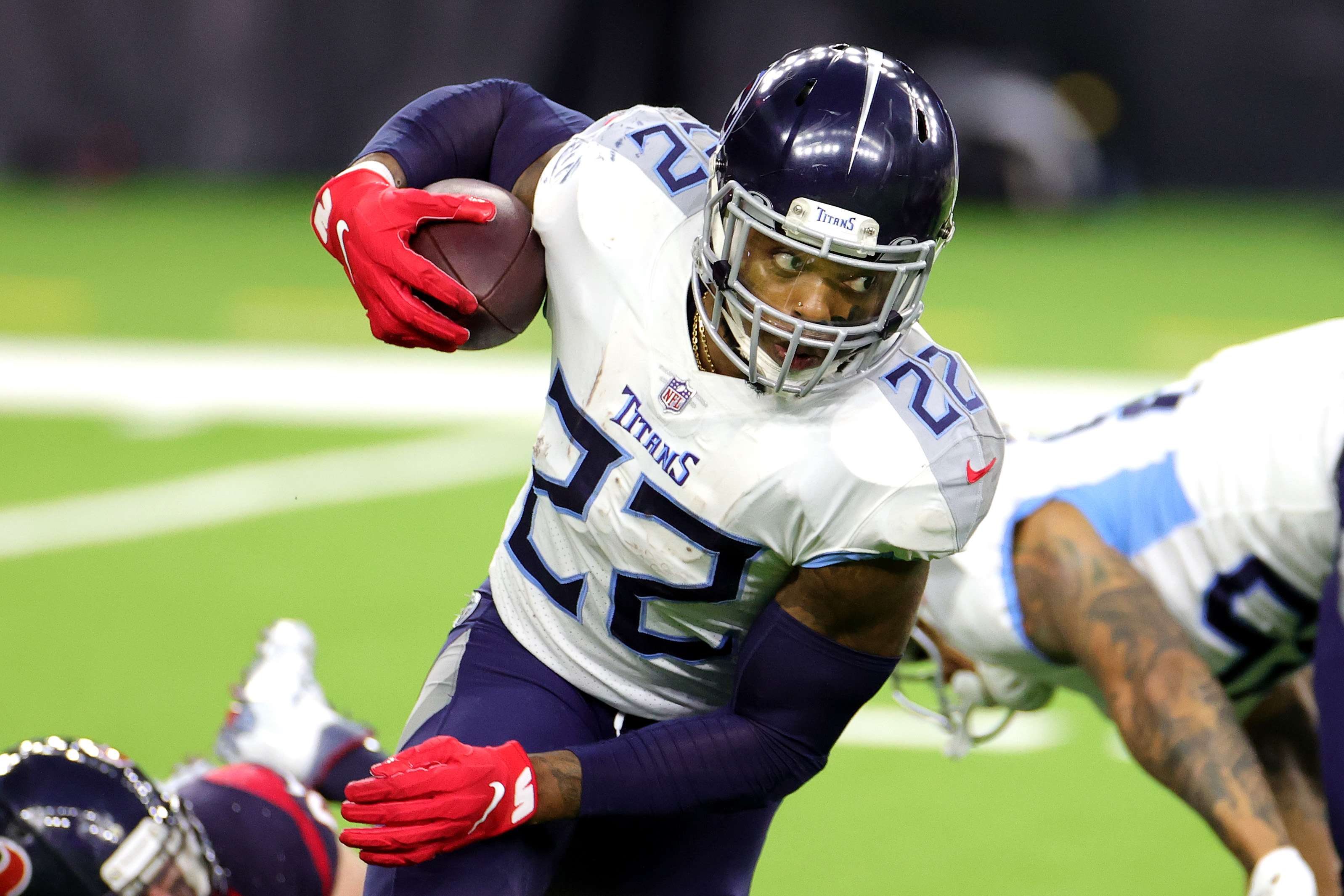 Derrick Henry has a somber reason for wearing No. 22.