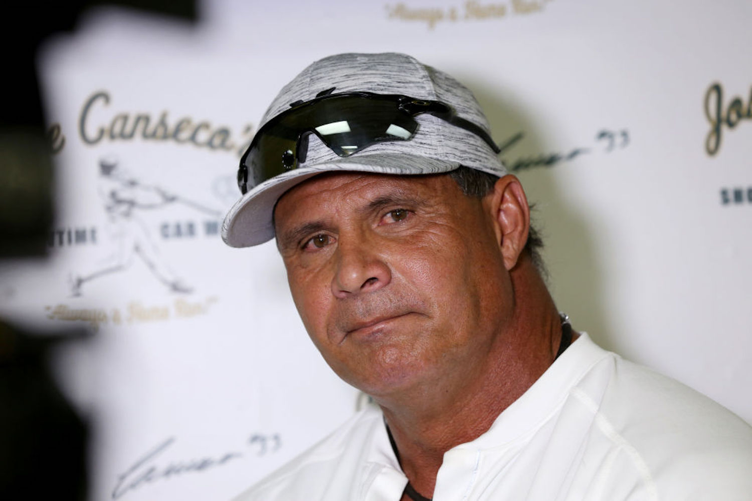 Jose Canseco's Epic Fall From Grace Is Now Complete After Bizarre Fight Announcement