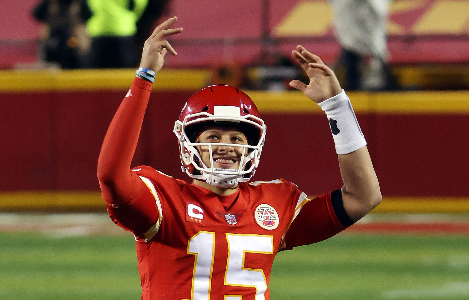 Patrick Mahomes Can Join Mark Sanchez and Jake Plummer by Beating Tom Brady