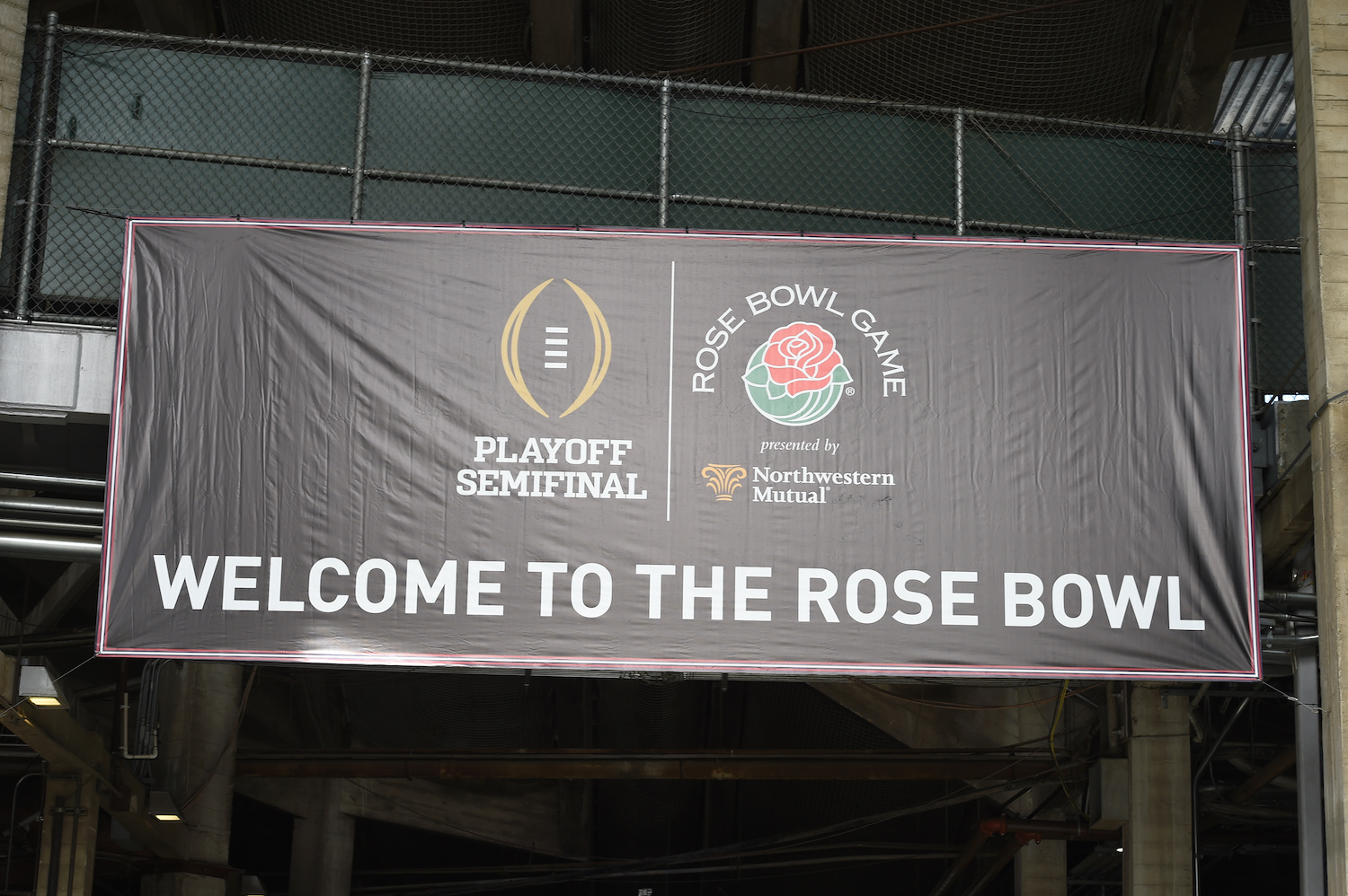 Rose Bowl and College Football Playoff Semifinal played in Texas.