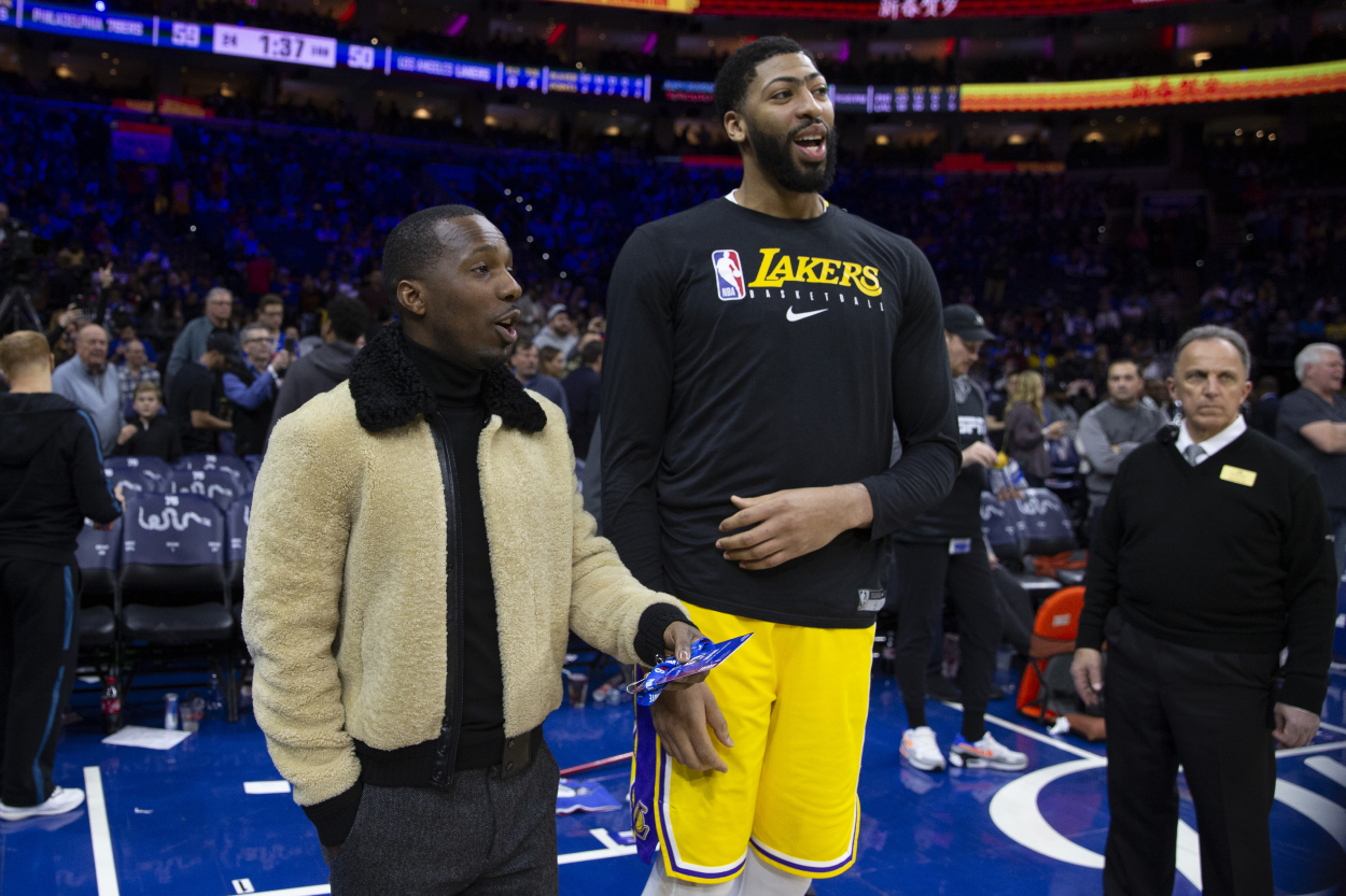 Lakers star Anthony Davis talks to his agent Rich Paul.