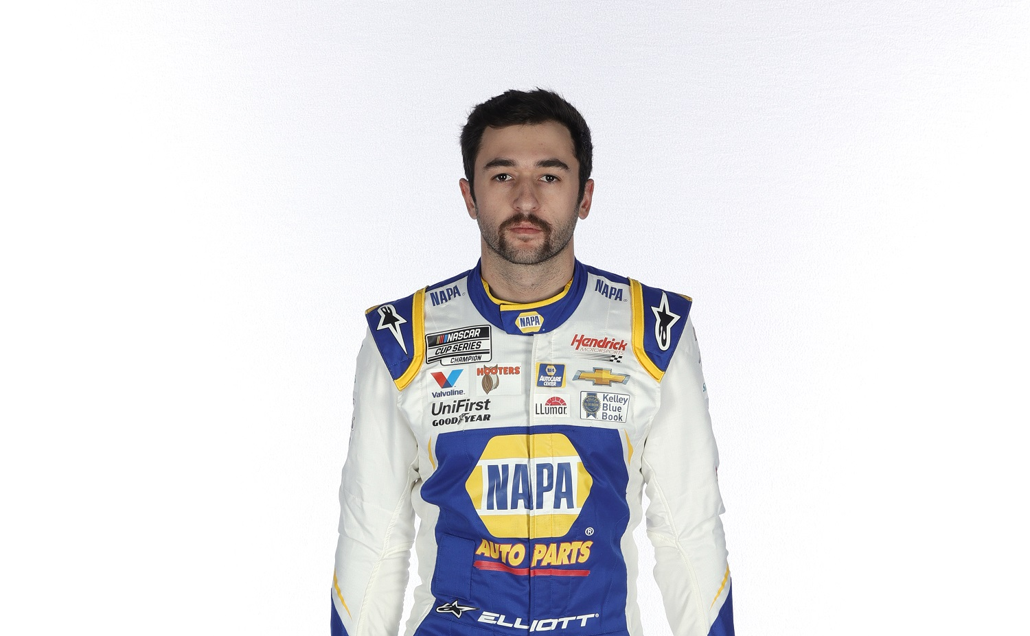 Chase Elliott comes into the 2021 NASCAR Cup Series as the defending champion.