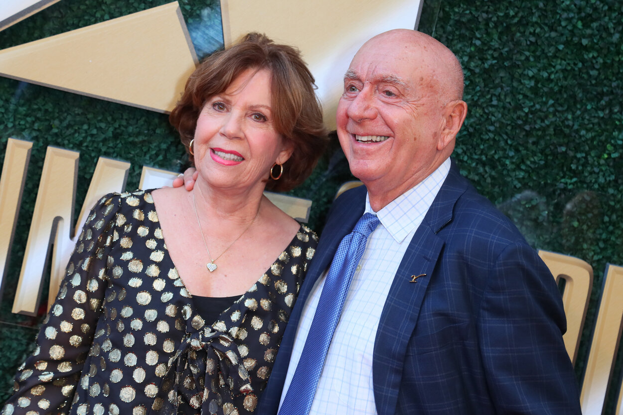 ESPN announcer Dick Vitale (R) and his wife, Lorraine, in 2019.