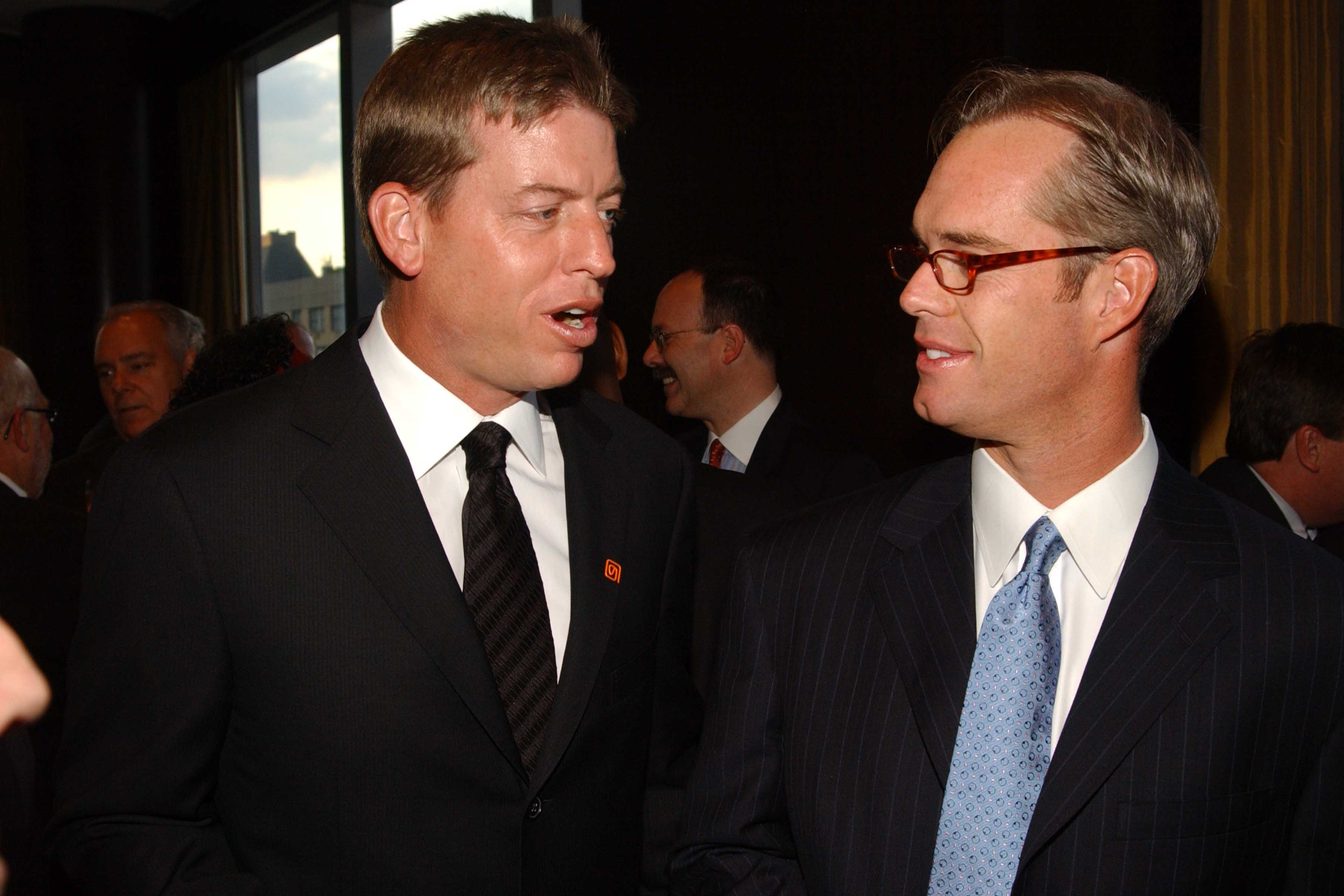 Fox announcers Joe Buck and Troy Aikman at an event in 2005.